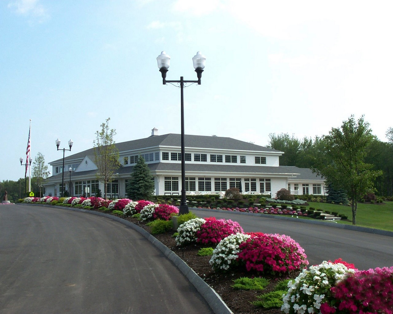 Brookstone-Park-Grand-Entrance