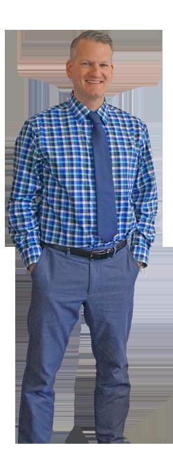 DANIEL M. FLORES